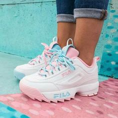 fila shoe Daddy sneakers styling ideas Just Trendy Girls Cute Sneakers, Shoes Sneakers, Colorful Sneakers, Shoes Heels, Souliers Nike, Sneakers Fashion, Fashion Shoes, Fashion Outfits, Womens Fashion