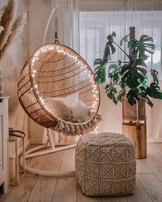 Cute Bedroom Decor, Bohemian Bedroom Decor, Boho Living Room, Room Ideas Bedroom, Swing In Bedroom, Bedroom Decorating Ideas, Bohemian Style Rooms, Bohemian Design, Living Room Decor