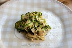 3x bruschetta recept Bruschetta Recept, Sprouts, Zucchini, Lunch, Vegetables, Food, Eat Lunch, Veggie Food, Brussels Sprouts