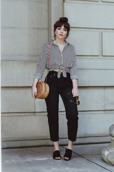 Womens Casual Piece Outfit Jumpsuit - Now Outfits Summer Outfits, Casual Outfits, Cute Outfits, Mom Outfits, Casual Chic, Semi Casual, Mom Jeans Style, Black Mom Jeans Outfit, Look Fashion