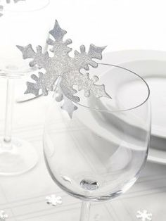 Shimmering Snowflake Cards for Glasses - Silver