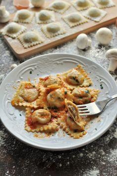Pizza Recipes, Cooking Recipes, Healthy Recipes, Crepes, Pizza E Pasta, Best Italian Recipes, Italian Pasta, Tortellini, Food Design