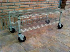 Rack galvanizado doble con ruedas, 90x60x50 de alto $799 (pesos argentinos) CaprichosElementales@gmail.com
