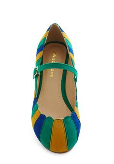 Umbrella Statement Flat in Green, #ModCloth