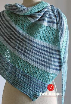 Free Knitting Pattern for Daria Shawl - Triangle-shaped shawl knit with three colors in a combination of an easy-to memorize lace pattern and garter stitch. Designer: Hanna Maciejewska. Available in English, Danish, German, and Polish Pictured project by mao7