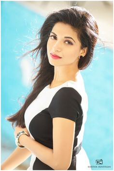 Actress Iswarya Menon – Beauty Girl In The World