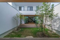 CASE576 回廊の家 New Homes, Stairs, Exterior, Architecture, Outdoor Decor, House, Home Decor, Ideas, Gardens