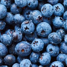 Top 7 Health Benefits of Blueberries by @draxe