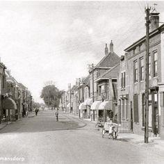 zhz0919 @zhz0919 Numansdorp Voorstraat (1950)