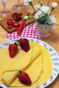 Naleśniki z Kaszy Manny bez Mąki - Just My Delicious Low Carb Recipes, New Recipes, Healthy Recipes, Healthy Food, Best Breakfast, Breakfast Recipes, Polish Recipes, Catering, Good Food