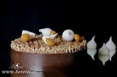Tarta Mont Blanc: base de bizcocho de almendra, rellena de una crema de mantequilla y castañas ,y una diplomática de chocolate. Autor: Ettore Cioccia Página ...