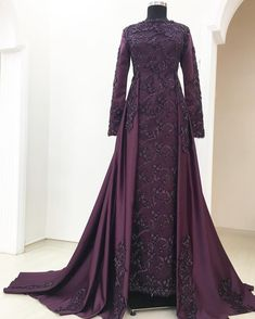 Order contact my WhatsApp number 7874133176 Muslimah Wedding Dress, Muslim Wedding Dresses, Muslim Dress, Prom Dresses, Hijab Evening Dress, Long Sleeve Evening Dresses, Evening Gowns, Muslim Fashion, Modest Fashion
