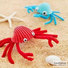 Crafts for Kids Fab Crabs: Turn beachcombed finds into shoreline critters that'll help keep vacation memories alive.Fab Crabs: Turn beachcombed finds into shoreline critters that'll help keep vacation memories alive. Summer Crafts For Kids, Summer Kids, Projects For Kids, Diy For Kids, Kids Fun, Diy Projects, Summer Beach, Craft Activities, Preschool Crafts
