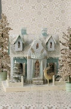 I have wanted a Glitter house village for a number of years now, my plan is to have a different people that we know and love, all living together, my dream... having all of my favorite people living on the same street as me!