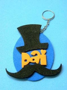 Dicas de Artesanatos em EVA para Dia dos Pais Foam Crafts, Diy And Crafts, Arts And Crafts, Ideas Día Del Padre, Dad Day, Fathers Day Crafts, Mother And Father, Graduation Gifts, Make And Sell