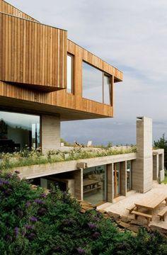 Casa el Pangue   Elton + Leniz Architects Location: Chile.