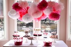this blog is AWESOME for party tables!