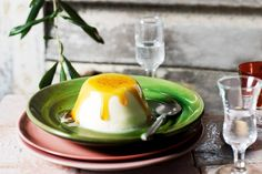One mouthful of this classic Rick Stein dessert will whisk you to the picturesque Italian countryside. No Cook Desserts, Easy Desserts, Delicious Desserts, Dessert Recipes, Rick Stein, Sauce Recipes, Yummy Recipes, Panna Cotta, Caramel