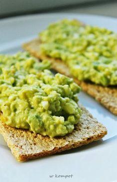 Mniam!: Pasta jajeczna z awokado Healthy Dishes, Healthy Snacks, Healthy Eating, Breakfast Recipes, Snack Recipes, Cooking Recipes, My Favorite Food, Favorite Recipes, Vegetarian Recipes