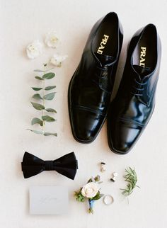 It's a black tie affair | Photography: Rebecca Yale - http://rebeccayalephotography.com/