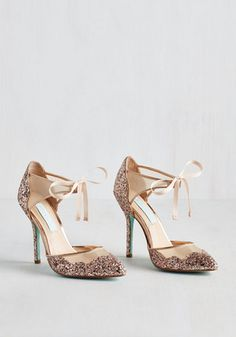 Sparkly blush bow heels? Yes, please!