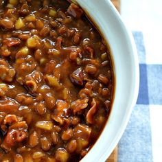 Aunt patti's bbq baked beans recipe side dishes with baked beans, baco Baked Bean Recipes, Crockpot Recipes, Cooking Recipes, Beans Recipes, Smoker Recipes, Healthy Recipes, Brunch Café, Bbq Baked Beans, Baked Beans Crock Pot
