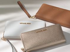 Sleek, simple and impossibly chic, our Jet Set wallet is an ideal essential for every itinerary. #StyleTip