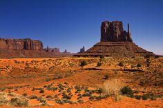 Navajo Nation Cityscape / Monument Valley / Mitten / Arizona / USA    License