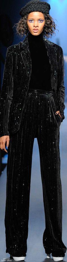 Jean Paul Gaultier Couture - F 15 Jean Paul Gaultier, Unique Fashion, High Fashion, Fashion 2016, Blazer, French Fashion Designers, Glamour, Couture Fashion, Couture 2015
