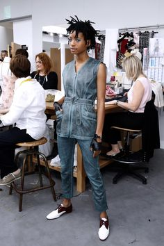 Pin for Later: Karl Lagerfeld Just Gave Us All an Inside Look at the Chanel Couture Atelier Chanel Ambassadress Willow Smith Posed in Her 2-Piece Suit and Leather Gloves