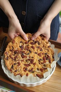 바삭하고 고소한 케익*어른들 입맛에 딱~~!!! : 네이버 블로그 Mini Cakes, Apple Pie, Baking Recipes, Banana Bread, Deserts, Food And Drink, Keto, Sweets, Cookies