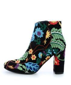 Czarne haftowane botki z motywem kwiatowym PRESTO
