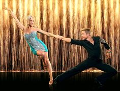 Kellie Pickler and Derek Hough are dancing partner on season 16 of Dancing With the Stars