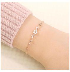 Hand Jewelry, Dainty Jewelry, Stylish Jewelry, Simple Jewelry, Cute Jewelry, Fashion Jewelry, Jewelry Bracelets, Fashion Rings, Bridal Jewelry