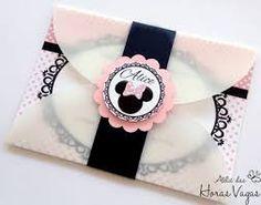 Resultado de imagem para convite minnie rosa scrap Minnie Mouse Theme, Mickey Mouse, Mickey E Minie, Alice, Bday Girl, Minnie Birthday, Birthdays, Baby Shower, Invitations