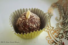 24/7 Low Carb Diner: Chocolate Almond Cheesecake Truffles