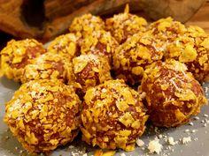 Nacho cheese balls