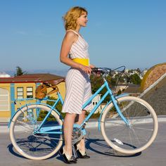 #tbt to that time I test rode a @brooklynbikeco cruiser for a week and then never got around to posting the shots (sorry, guys!) By the way, I just learned that this bike maker has a limited edition bike in #Marsala. That would go beautifully with the Bike Pretty Marsala Helmet, so go check them out!
