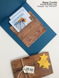 Sara Levin | theartfulinker.com Click the picture to see more of Sara's Designs. Wood Crate, Wood Words, Wood Texture, Stamping Sunday, blog hop, graduation, fathers day, gift card, giftcard, holder, Handmade cards, rubberstamps, cardmaking, stampinup, stamping, saralevin, theartfulinker