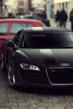 #Audi #R8 - Matt Black #Algérie L'Audi R8 coupé. Ses courbes athlétiques sont le signe de ce qu'il y a à l'intérieur : performance pure et équipement explosif.                                                                                                                                                                                 Plus