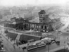 Photo by Bertram/ullstein bild via Getty Images Berlin 1945, West Berlin, Berlin Wall, East Germany, Berlin Germany, Old Pictures, Old Photos, Berlin Spree, German Architecture