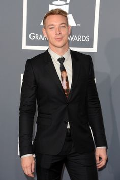 Diplo - Fashion At The 2013 Grammy Awards... Such an asshole to some people but he's so fine
