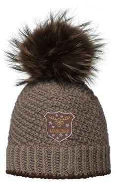 Mütze mit Fellbommel   Handgestrickte Mütze mit echtem Fellbommel
