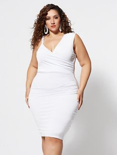 Plus Size Desirae Asymmetrical Draped Dress in White Size 0 - Fashion to Figure Sexy White Dress, Edgy Dress, Formal Dress, Moda Plus Size, Plus Size Model, Women's Fashion Dresses, Skirt Fashion, Jeans Fashion, Fashion Fall