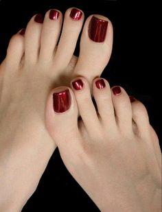 Cock jizzing slut feet – Beauty & Seem Beautiful Pretty Toe Nails, Pretty Toes, Red Toenails, Nice Toes, Painted Toes, Sexy Legs And Heels, Beautiful Toes, Feet Nails, Foot Toe
