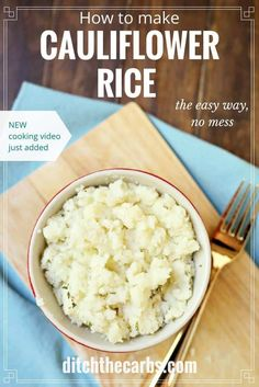 An absolute staple dish in all low carb families. Cauliflower rice is super easy and now this quick cooking video shows you how to make it the easy way - with no mess. | ditchthecarbs.com via @ditchthecarbs