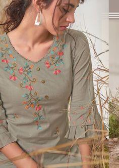 Simple Kurta Designs, New Kurti Designs, Kurta Designs Women, Kurti Designs Party Wear, Churidar Designs, Kurti Sleeves Design, Kurta Neck Design, Sleeves Designs For Dresses, Dress Neck Designs