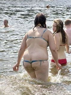 Sexy bathing suit - FAIL