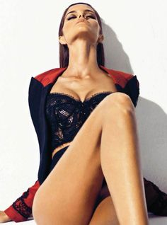 BREATHE fashion.  Izabel Goulart by Nico for Harper's Bazaar Spain April 2012
