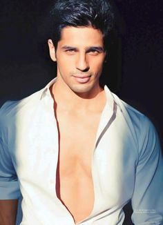 Name: Siddharth Malhotra -Country: India -Actor and Model -Photo Source: -All photos are copyright to its rightful owners. Desi Guys, Raining Men, Cute Actors, Bollywood Celebrities, Indian Celebrities, Bollywood Stars, My Guy, Gorgeous Men, Beautiful Boys
